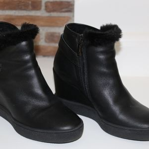 Aquatalia Black Wedged Boots